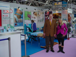 COSMOPROF 2008: Nadia con Eric Mason (Business Development Manager Oakworks)