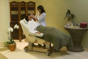 Celesta Maxx: terapia facciale donna.