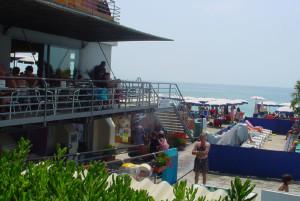 Panoramica della spiaggia.