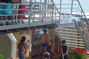Accesso alla spiaggia di Finale Ligure