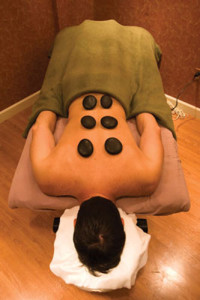 Prolift Europa: stone massage.